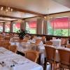 Salle de restaurant avec vue panoramique