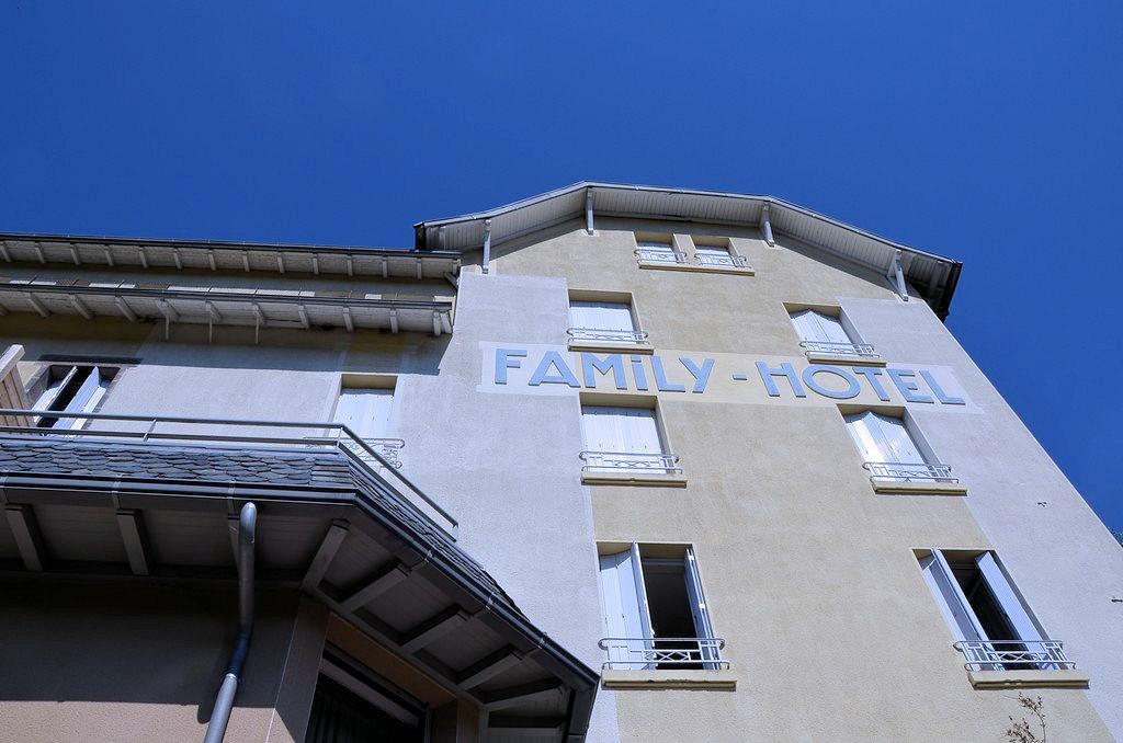 Family-Hôtel Vic sur Cère