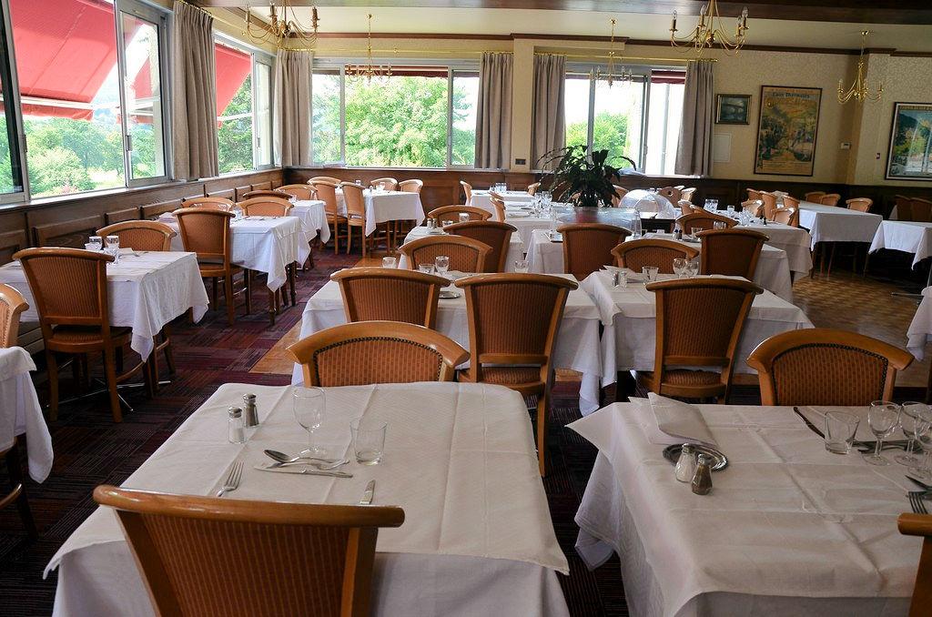 Restaurant à Vic-Sur-Cère