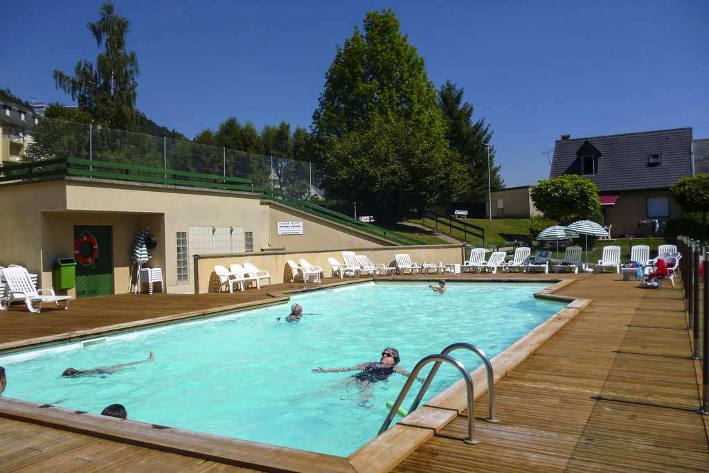 Loisirs et détente, hôtel dans le Cantal